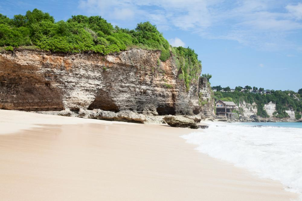 beautiful balinese Dreamland beach