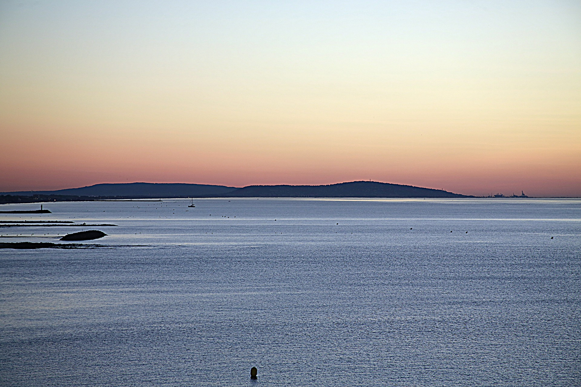 sunrise-1617569_1920