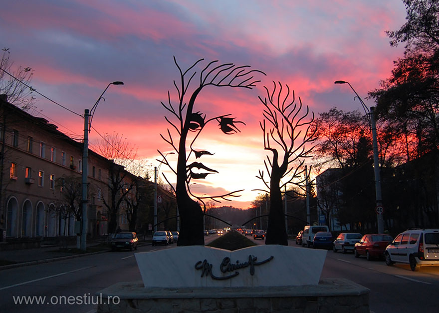 Of The Most Creative Sculptures And Statues From Around The - 17 creative sculptures around world